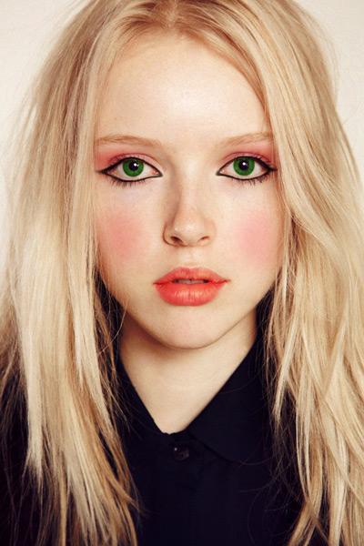 makeup-2-19